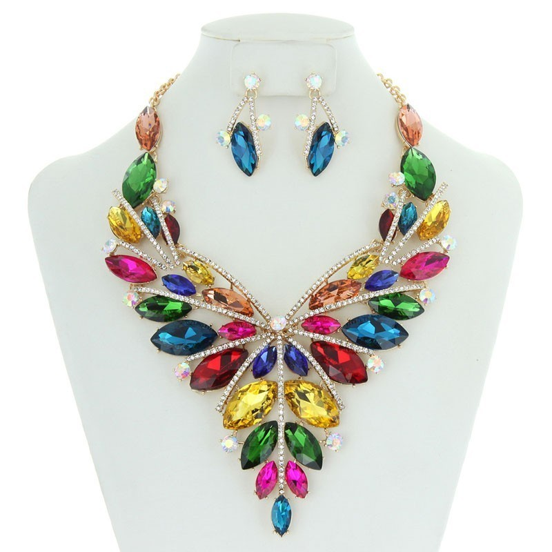 Butterfly Style Bib RHINESTONE NECKLACE With Matching