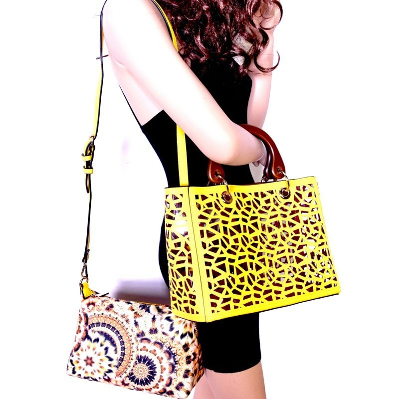 S02722 Lp New Laser Cut 2 In 1 Clear Bag With Wooden Handle