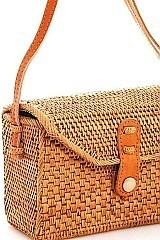 CLASSY CUTE STRAW WOVEN CROSSBODY BAG